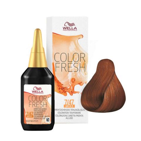 7/47 Rubio medio cobrizo arena Wella Color fresh 75ml